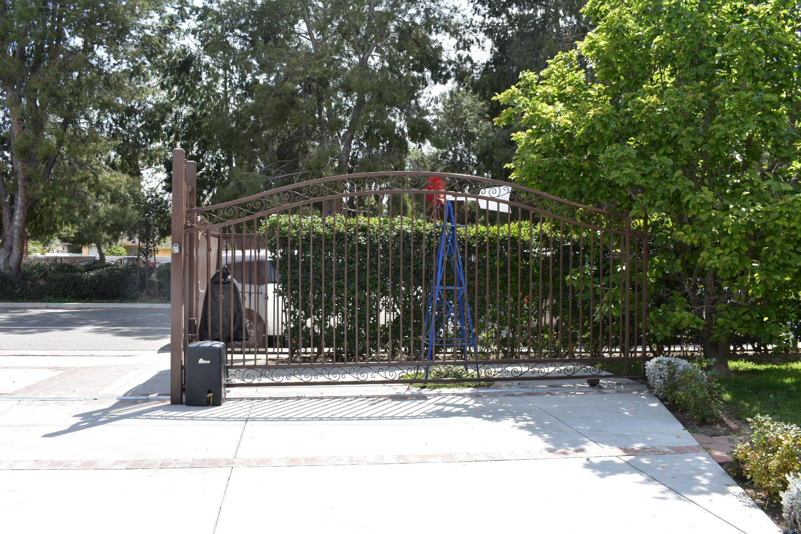 Electric Driveway Gate
